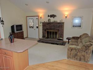1125 Cedar Knoll Way, Pocono Pines, PA 18350