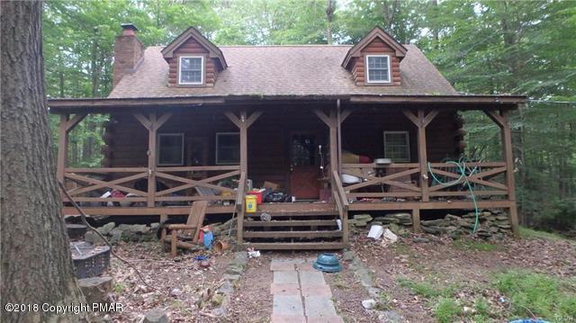 150 White Pine Dr, Pocono Lake, PA 18347