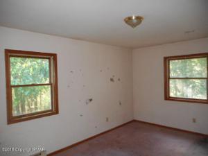 215 Spring Brook Rd, East Stroudsburg, PA 18302