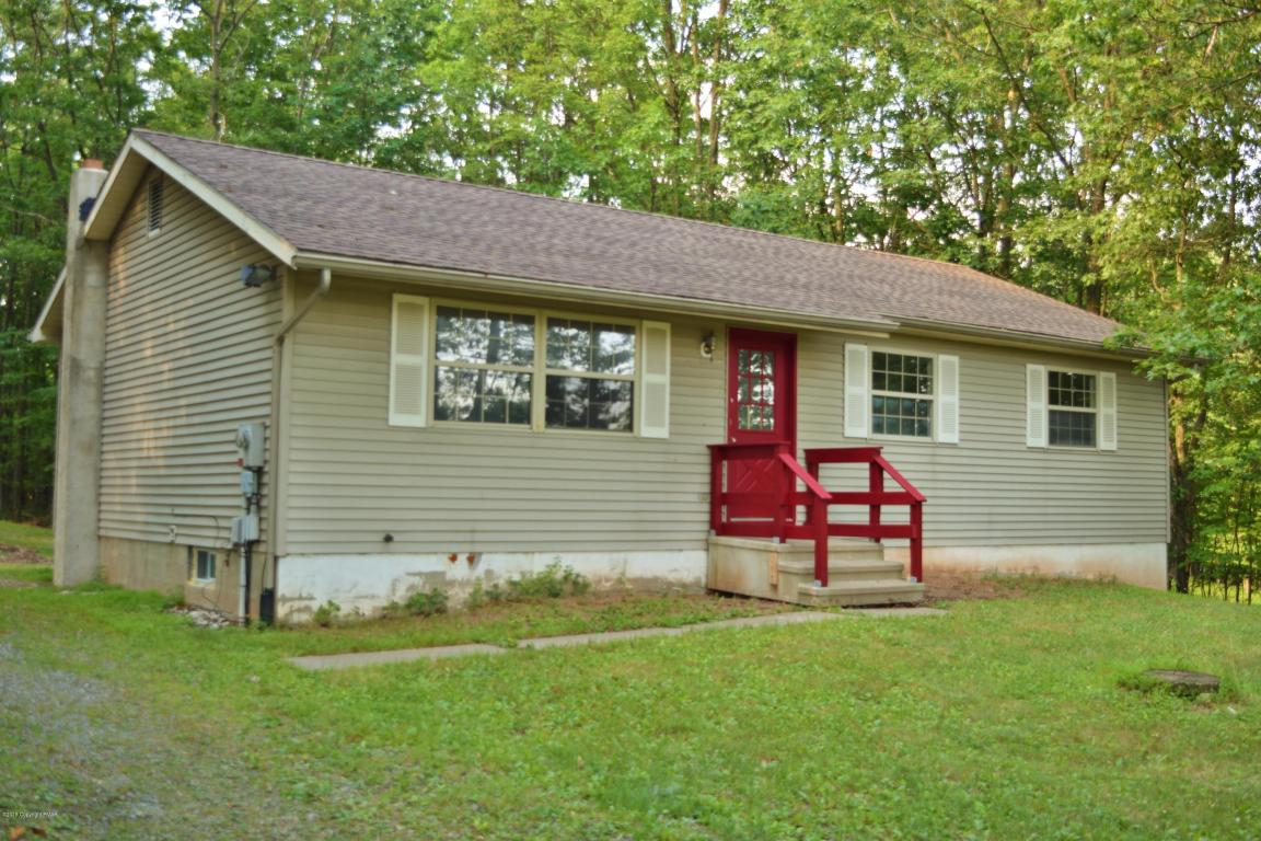 1073 State Rd, Effort, PA 18330