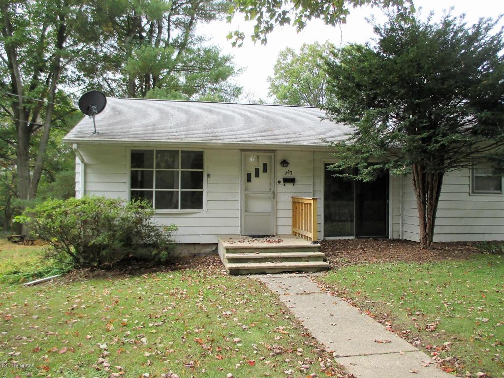 443 N 8th St, Stroudsburg, PA 18360