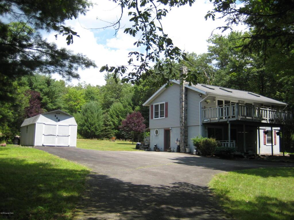 107 Susquehanna Dr, Albrightsville, PA 18229