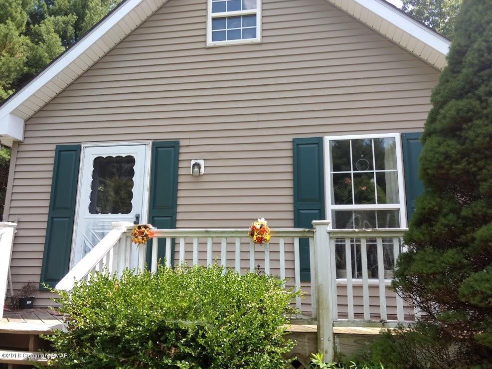 316 White Pine Dr, Stroudsburg, PA 18360