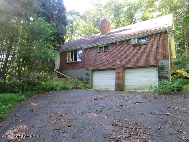 364 Merry Hill Rd, Bartonsville, PA 18321