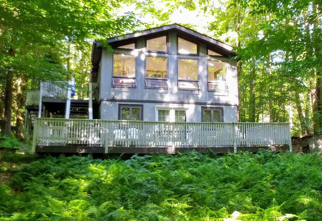 1656 Stag Run, Pocono Lake, PA 18347