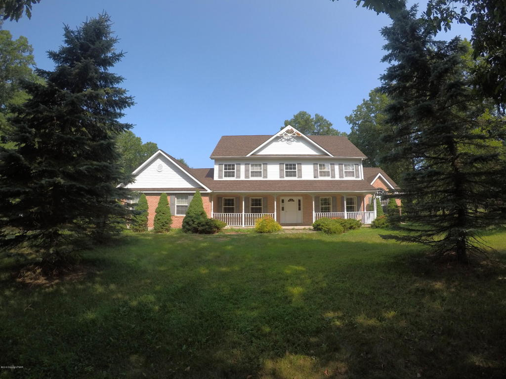 252 Sycamore Dr, East Stroudsburg, PA 18301
