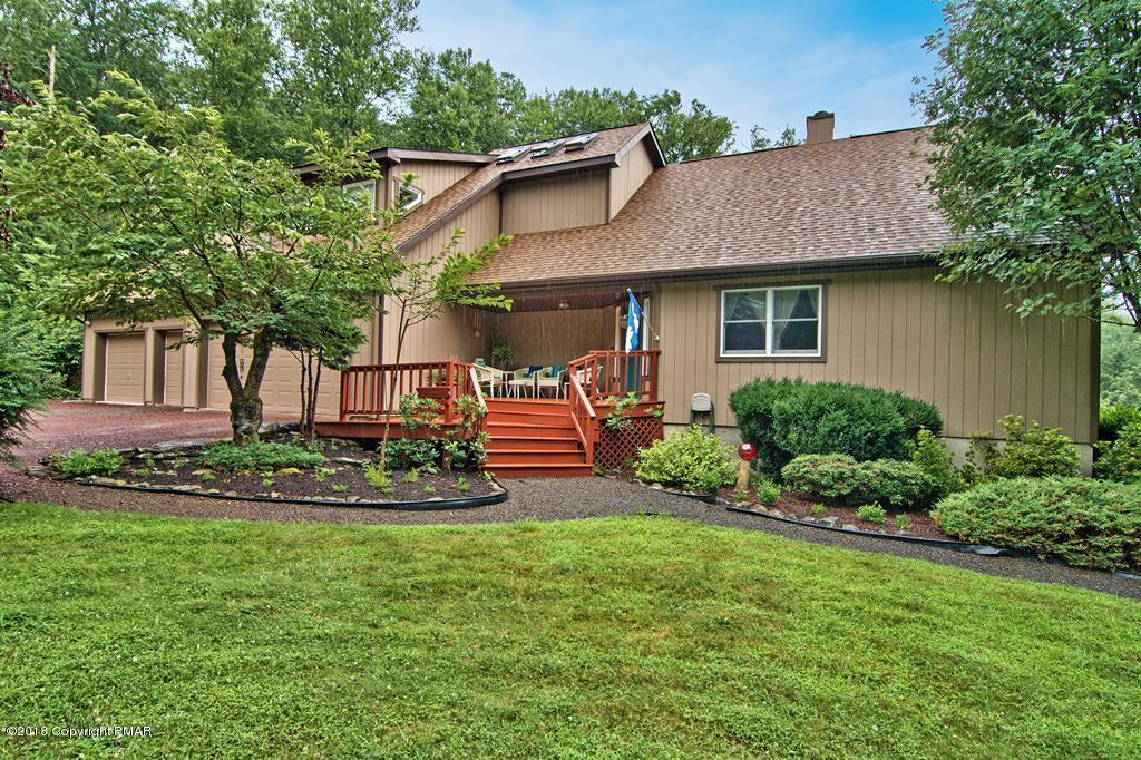 6300 Dogwood Dr, Canadensis, PA 18325