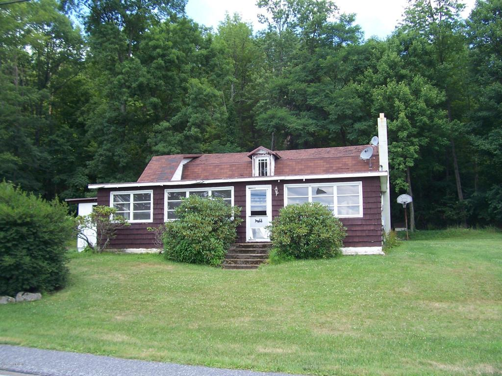 1070 Foster Ave., White Haven, PA 18661