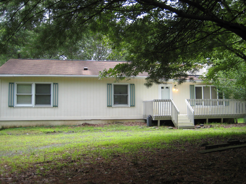 35 Vista Dr, Albrightsville, PA 18210