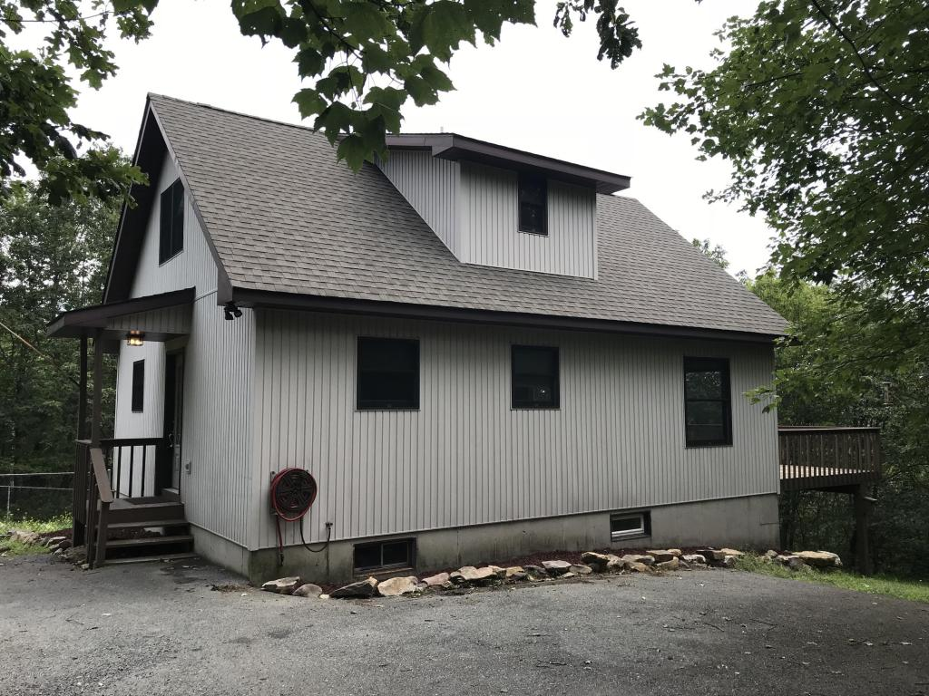 234 Russell Ct., Effort, PA 18330