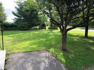 121 Bull Run, Long Pond, PA 18334