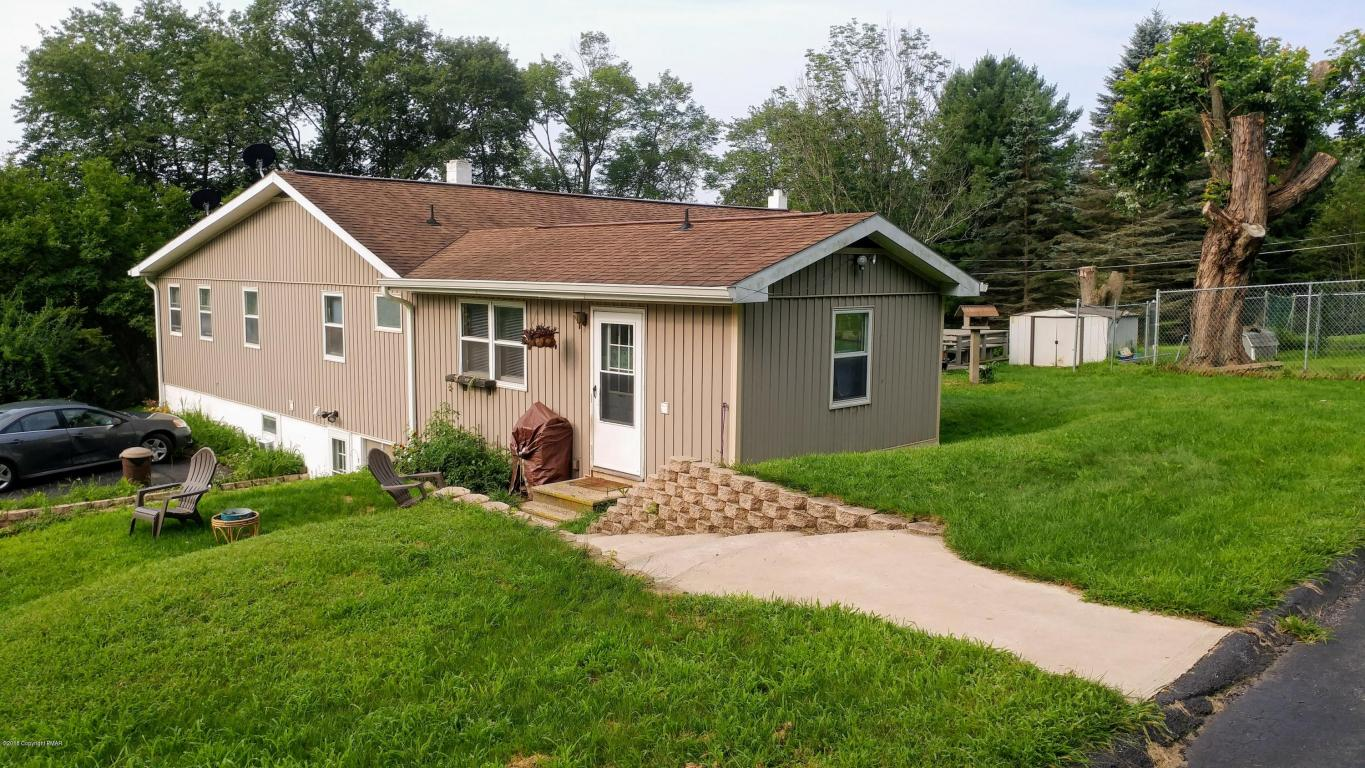3277 State St, White Haven, PA 18661