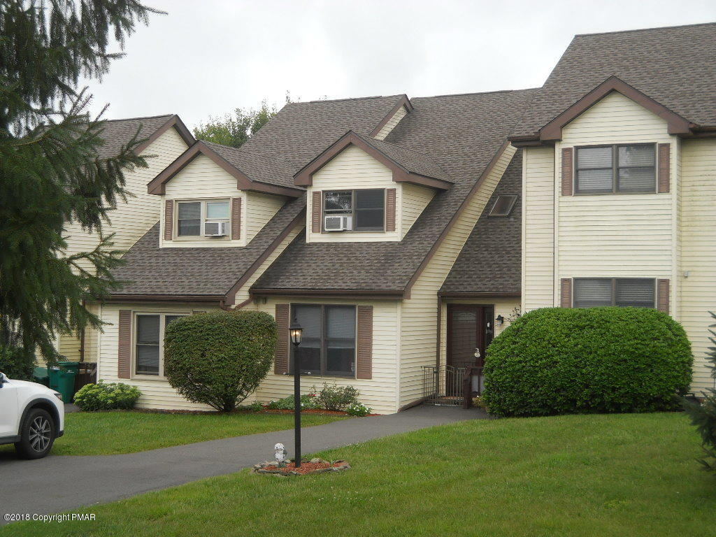 515 Country Hill Ln, Effort, PA 18330