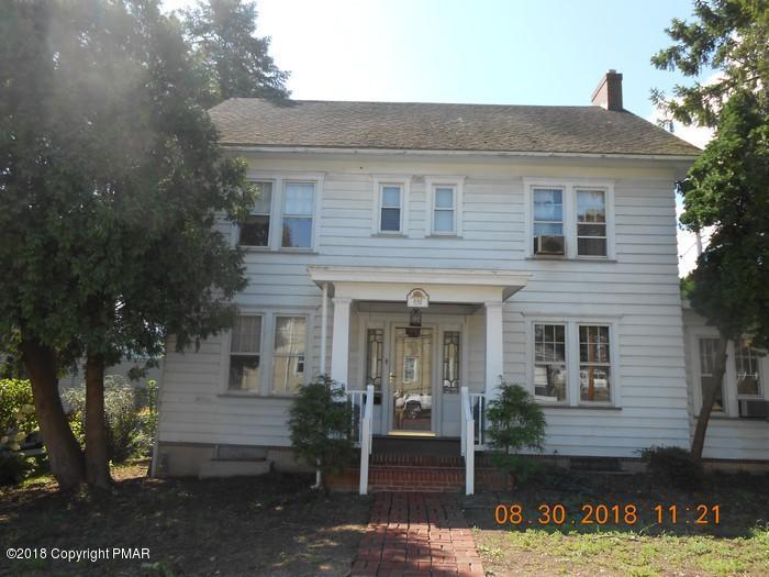 833 Iron St, Lehighton, PA 18235