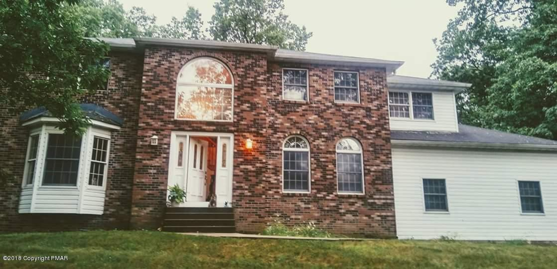 25 Jonathans Way, Henryville, PA 18332