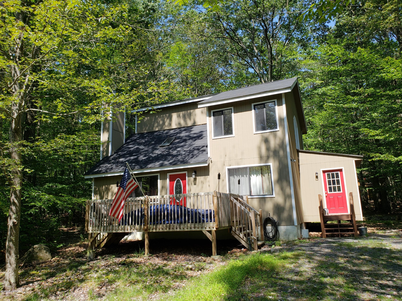 1245 Ranger Trl, Pocono Lake, PA 18347
