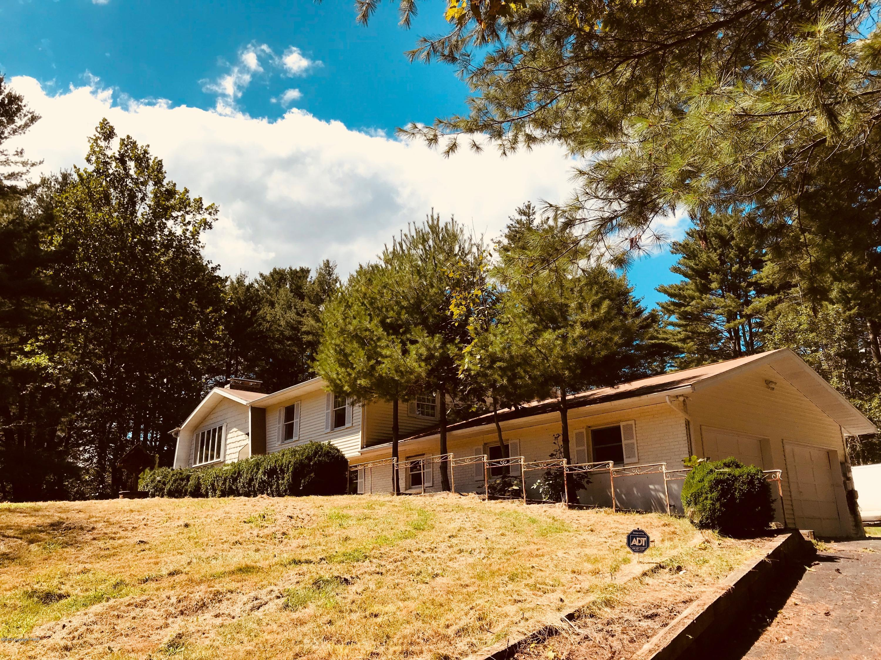 3751 Route 715, Henryville, PA 18332