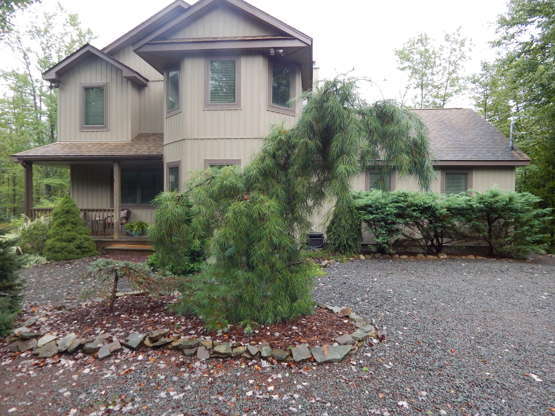 5406 Woodland Ave, Pocono Pines, PA 18350