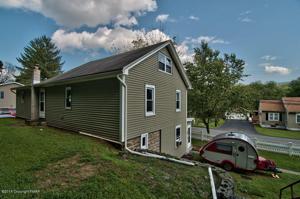 664 Fireline Rd, Palmerton, PA 18071