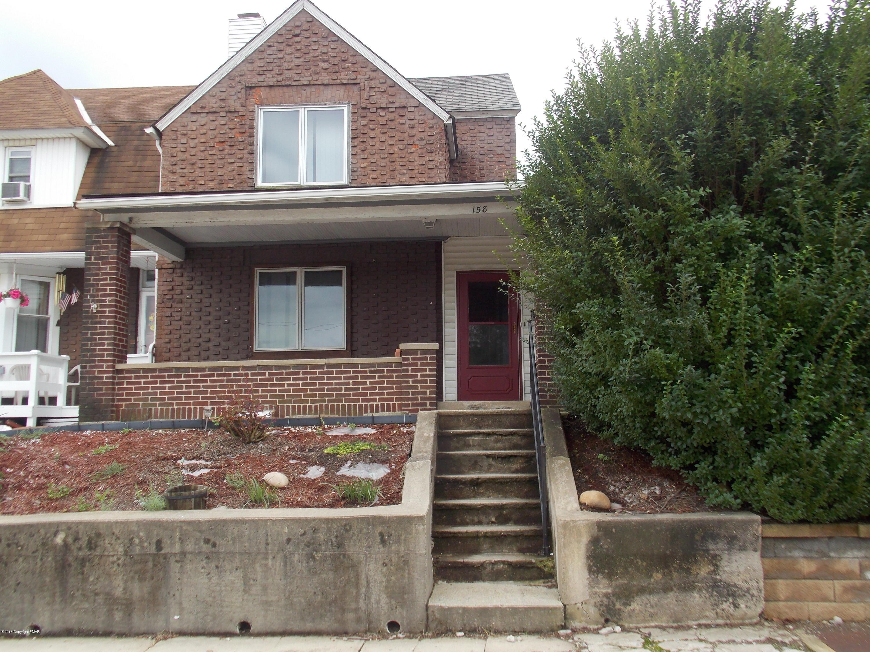 158 Delaware Ave, Palmerton, PA 18071