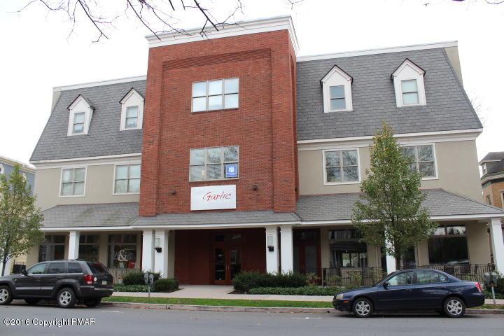 907 Main Street, Stroudsburg, PA 18360