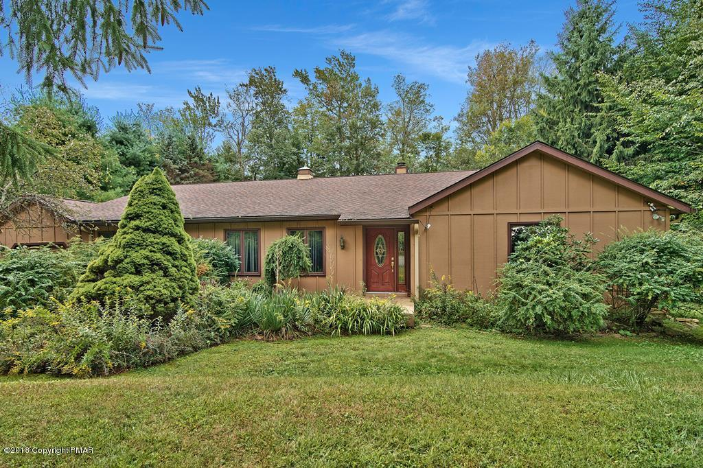 5104 Woodland Ave, Pocono Pines, PA 18350