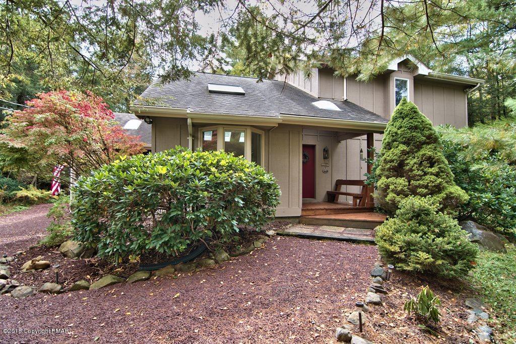 130 Tanglewood Dr, Pocono Pines, PA 18350