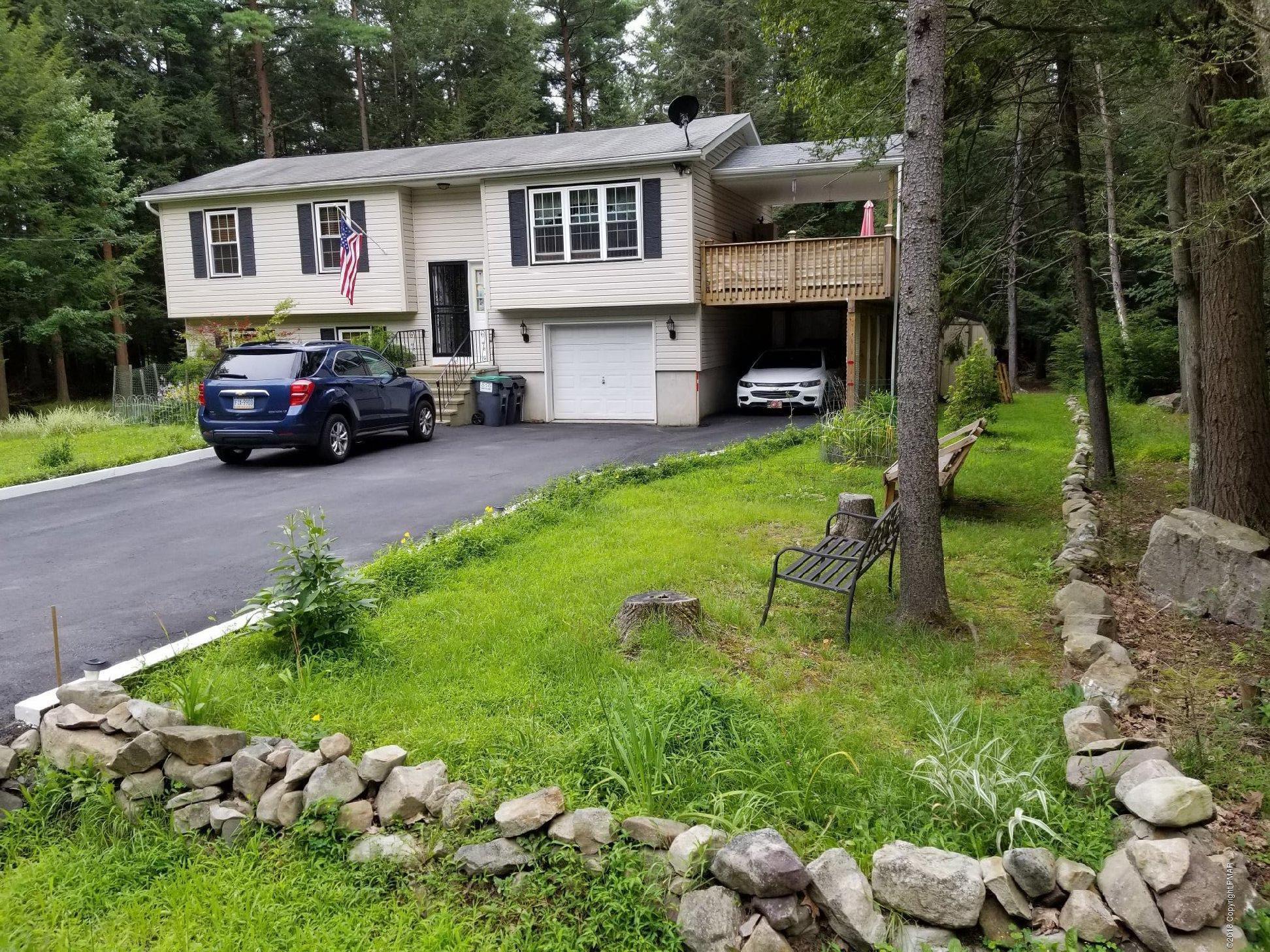 331 Scotch Pine Drive, Pocono Summit, PA 18346
