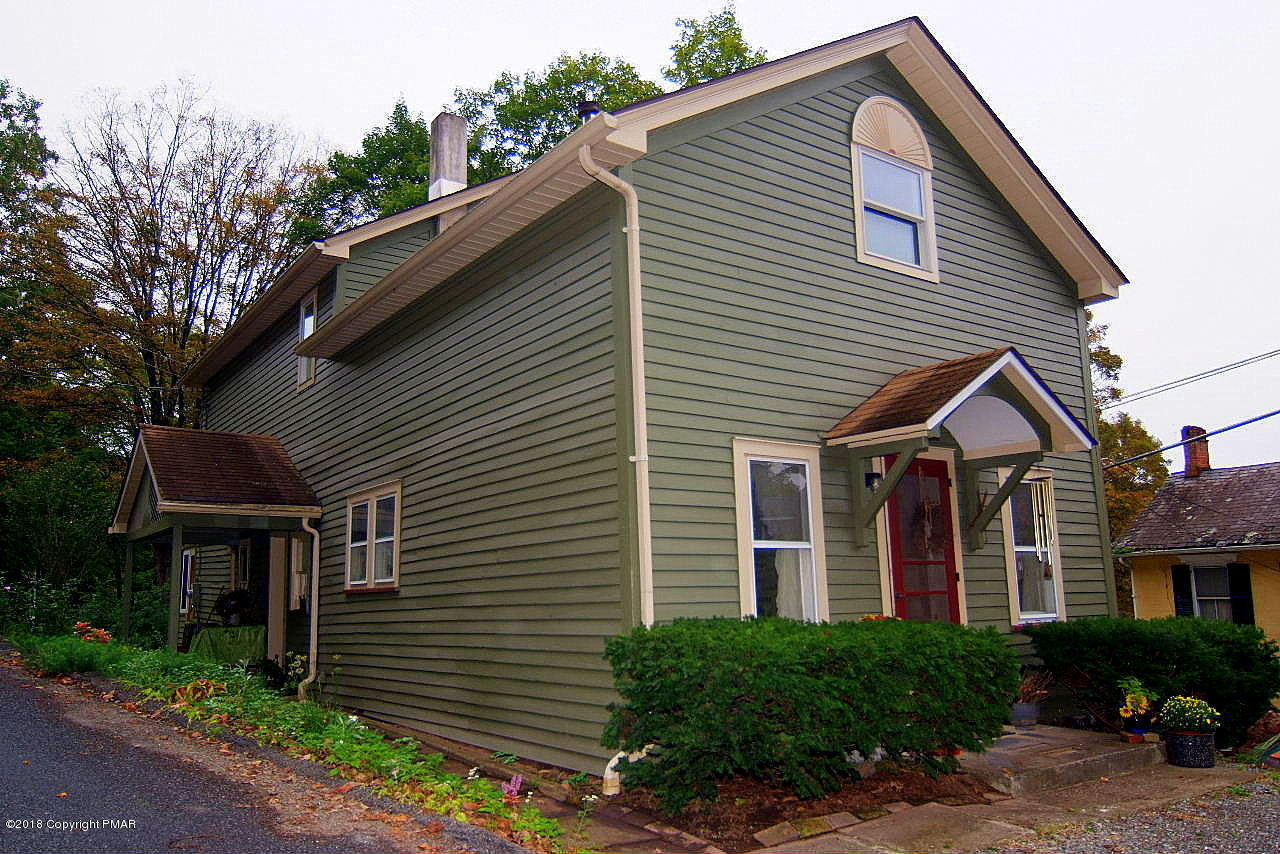 6311 Cherry Valley Rd, Stroudsburg, PA 18360