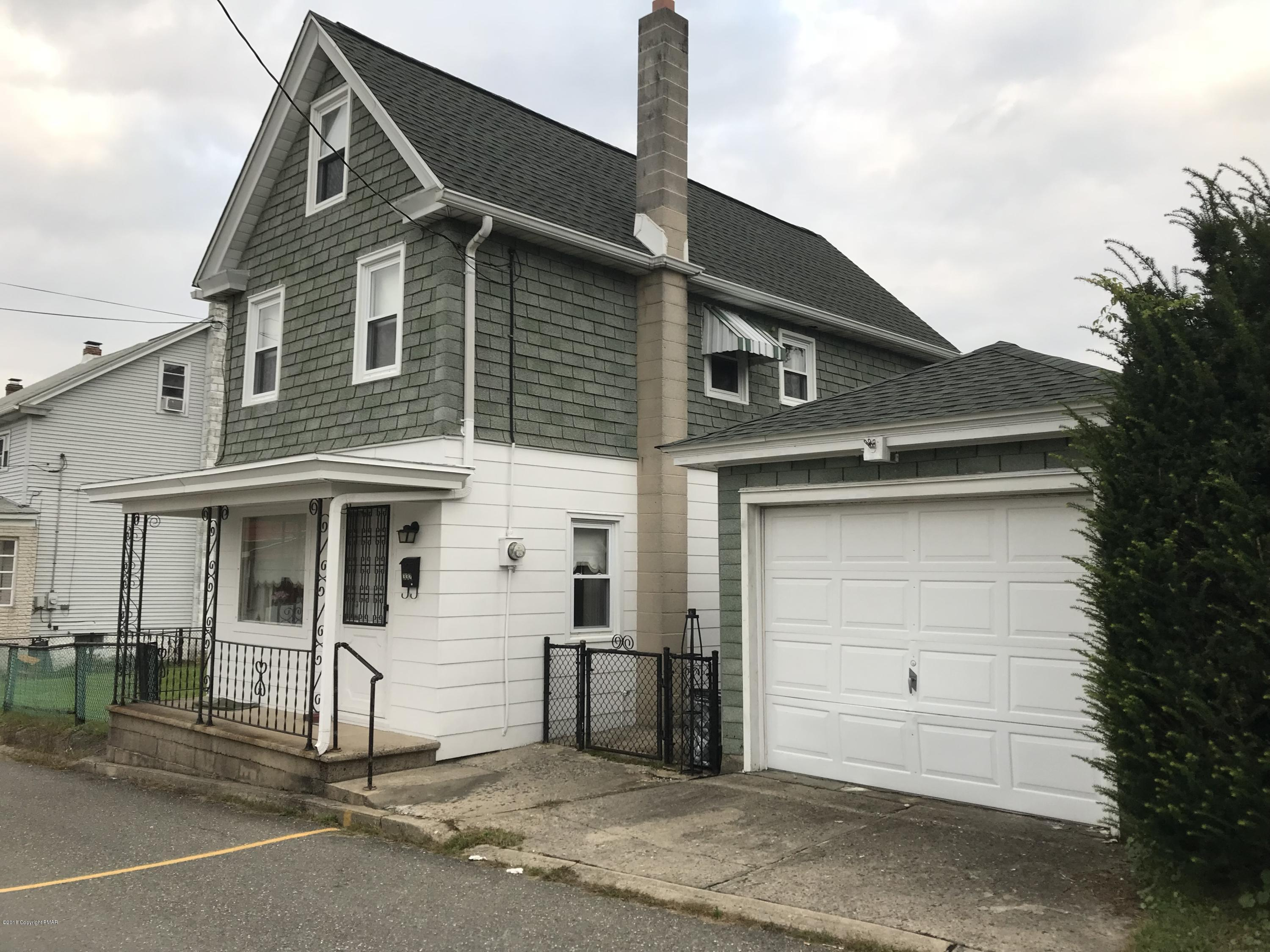 332 W Iron St, Summit Hill, PA 18250
