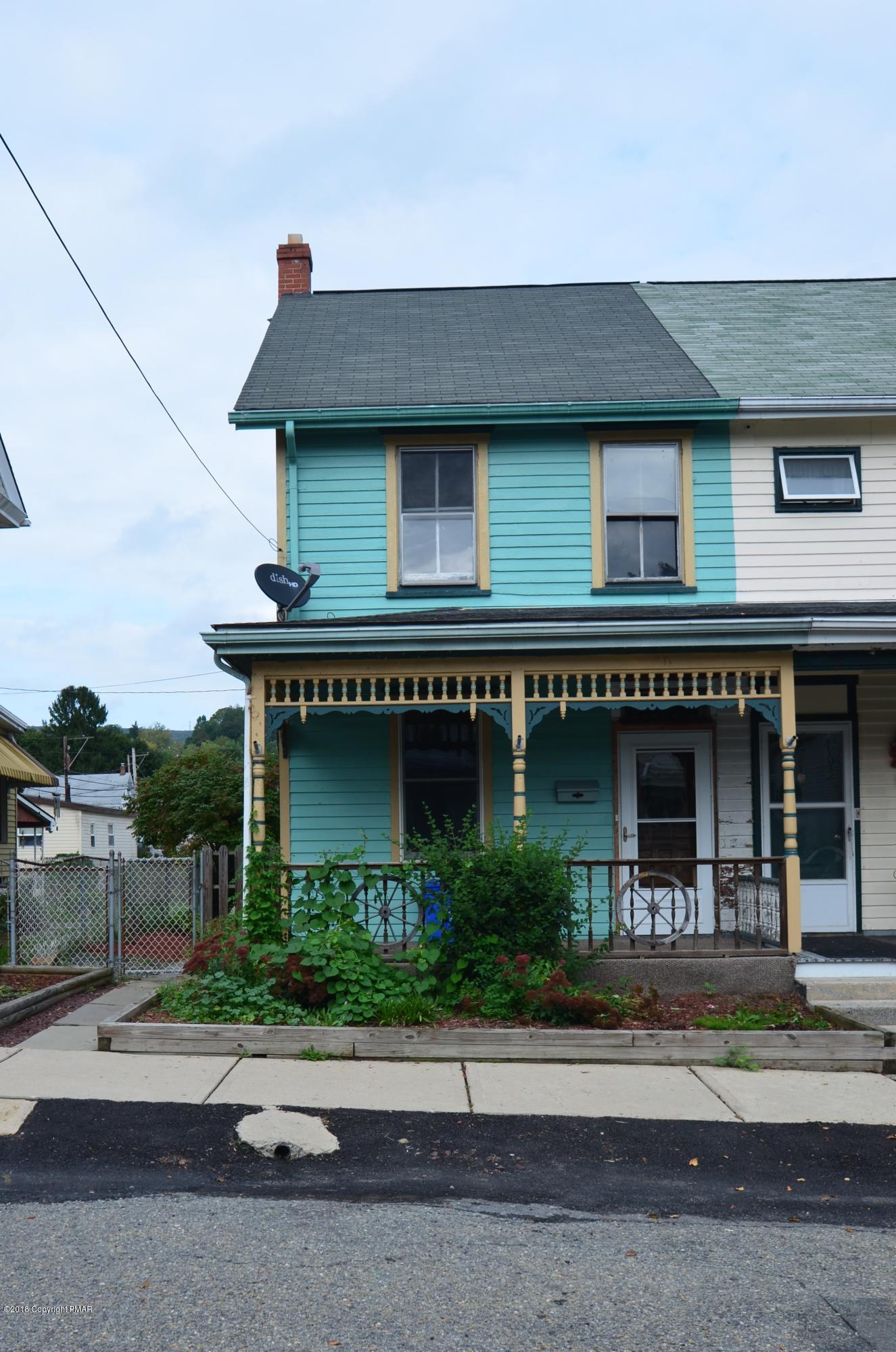 21 E Fourth St, Jim Thorpe, PA 18229