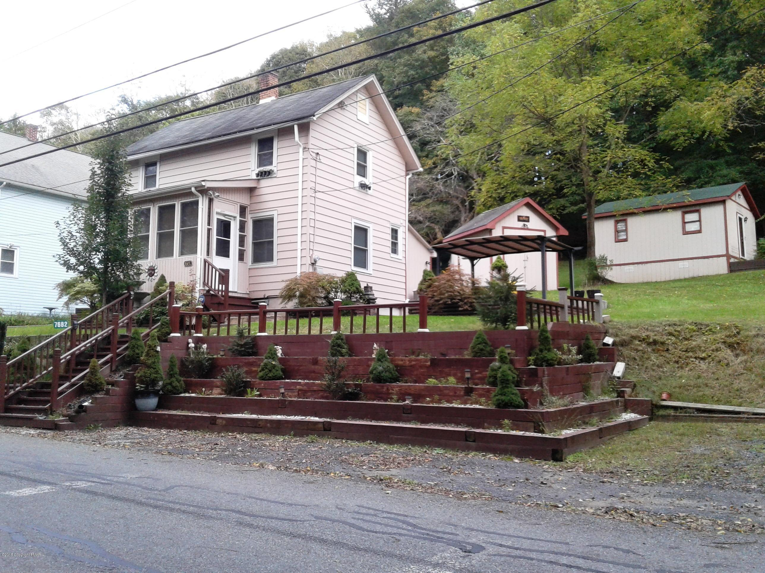7682 Cherry Valley Rd, Stroudsburg, PA 18360