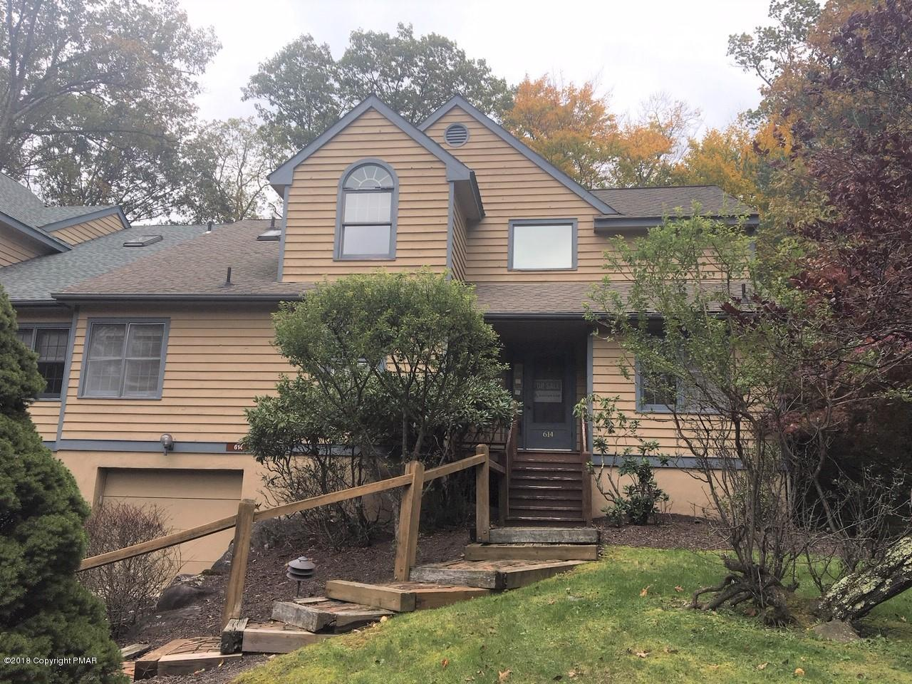 614 Buck Cir, Buck Hill Falls, PA 18323