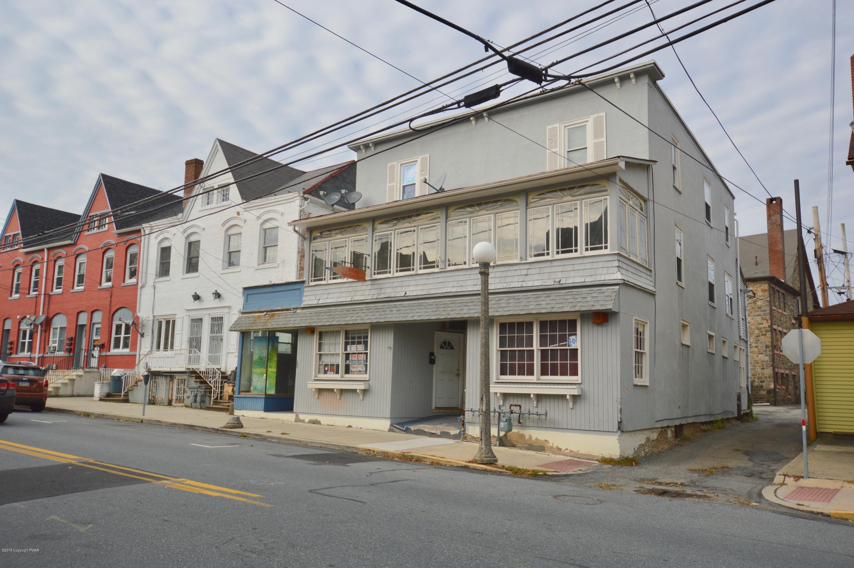 121 Broadway, Bangor, PA 18013