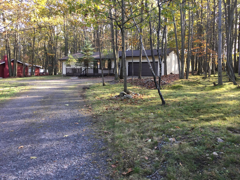 312 Sullivan Trl, Long Pond, PA 18334