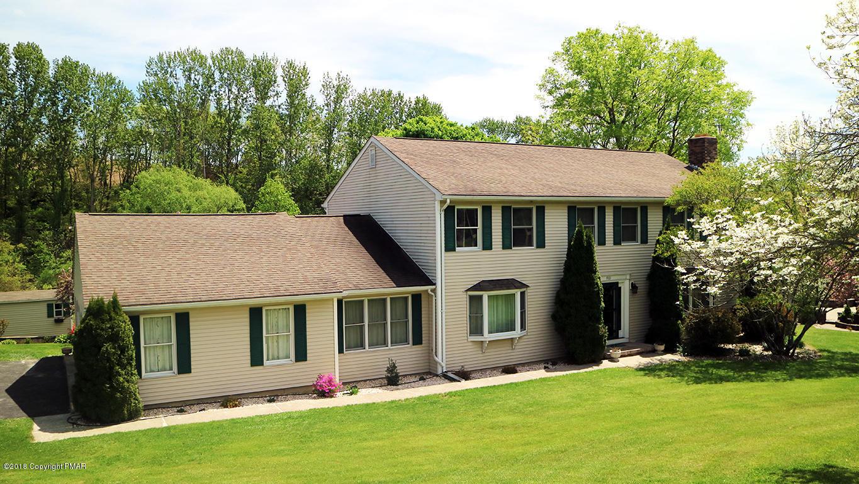 9321 Spring Brook Dr, Bangor, PA 18013