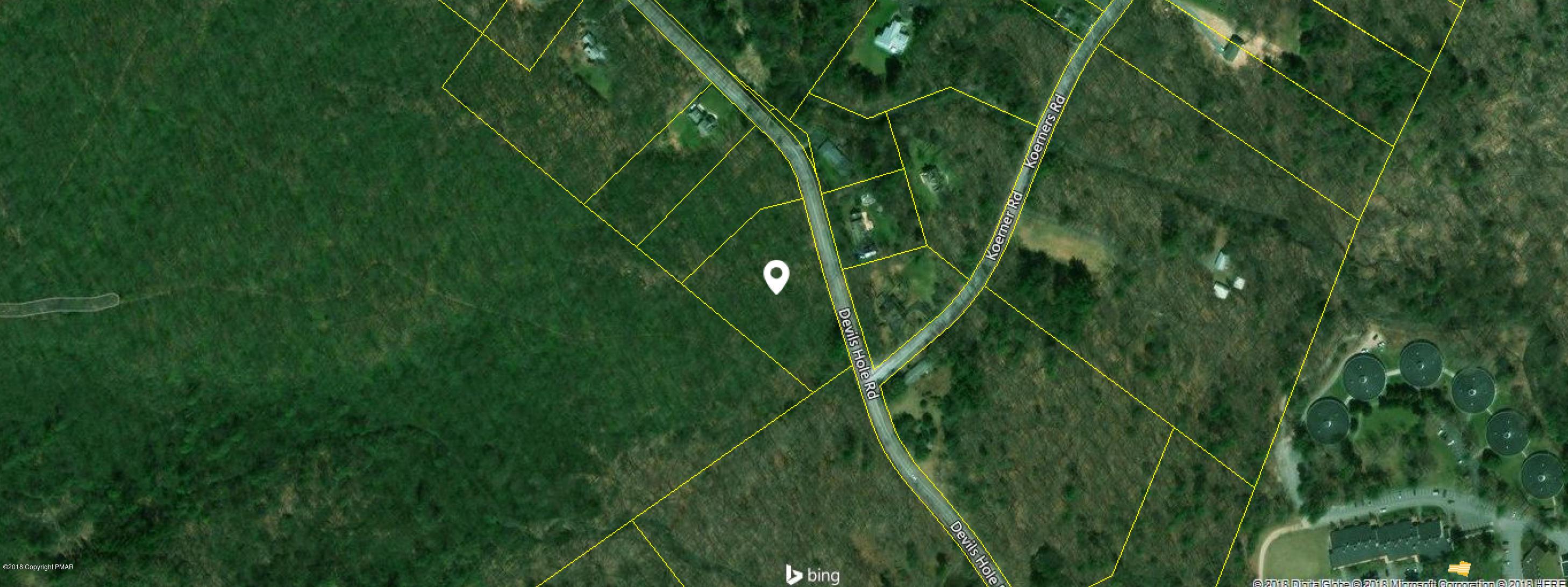T 561 1 Devils Hole Road, Cresco, PA 18326