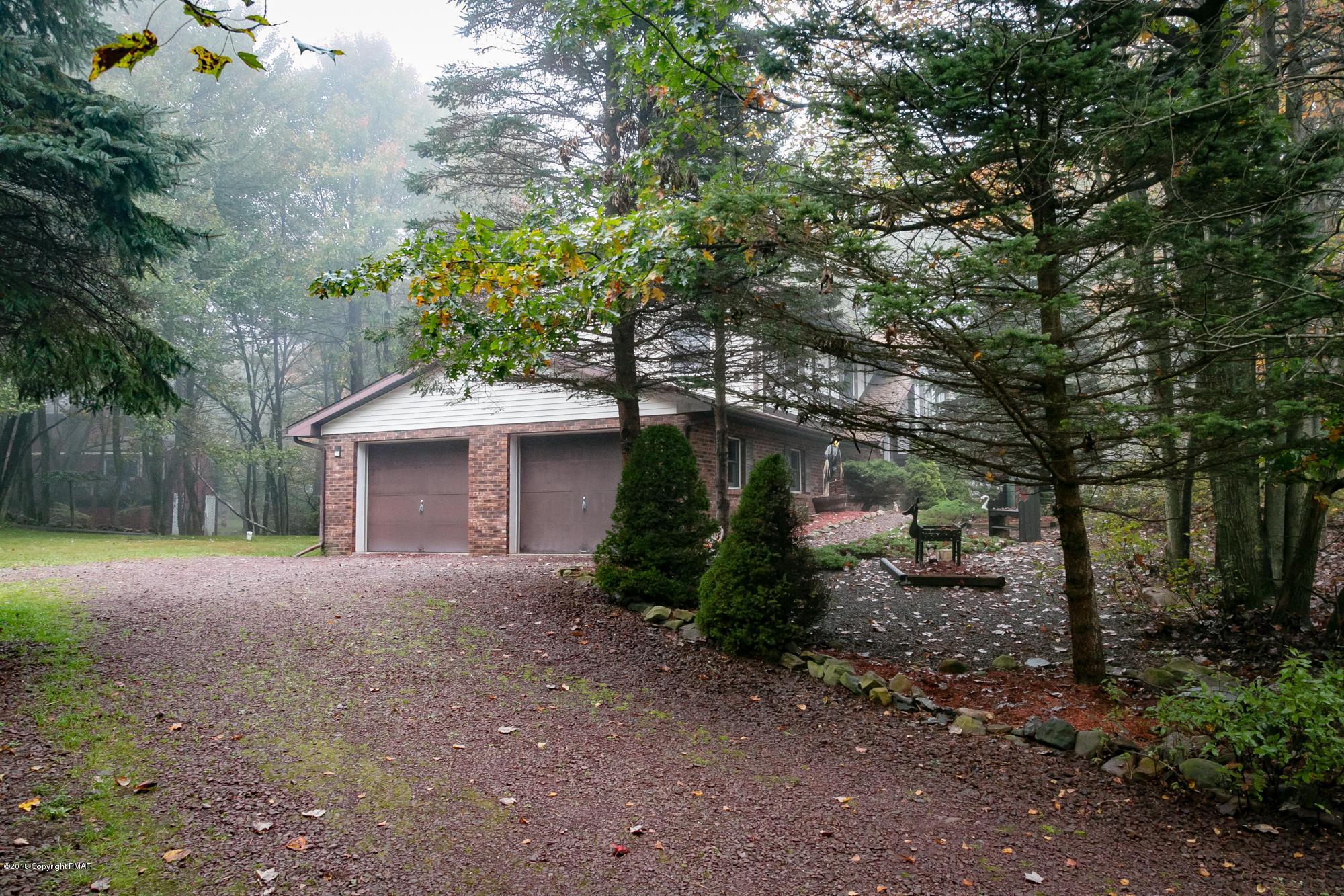 151 Harvest Way, Long Pond, PA 18334