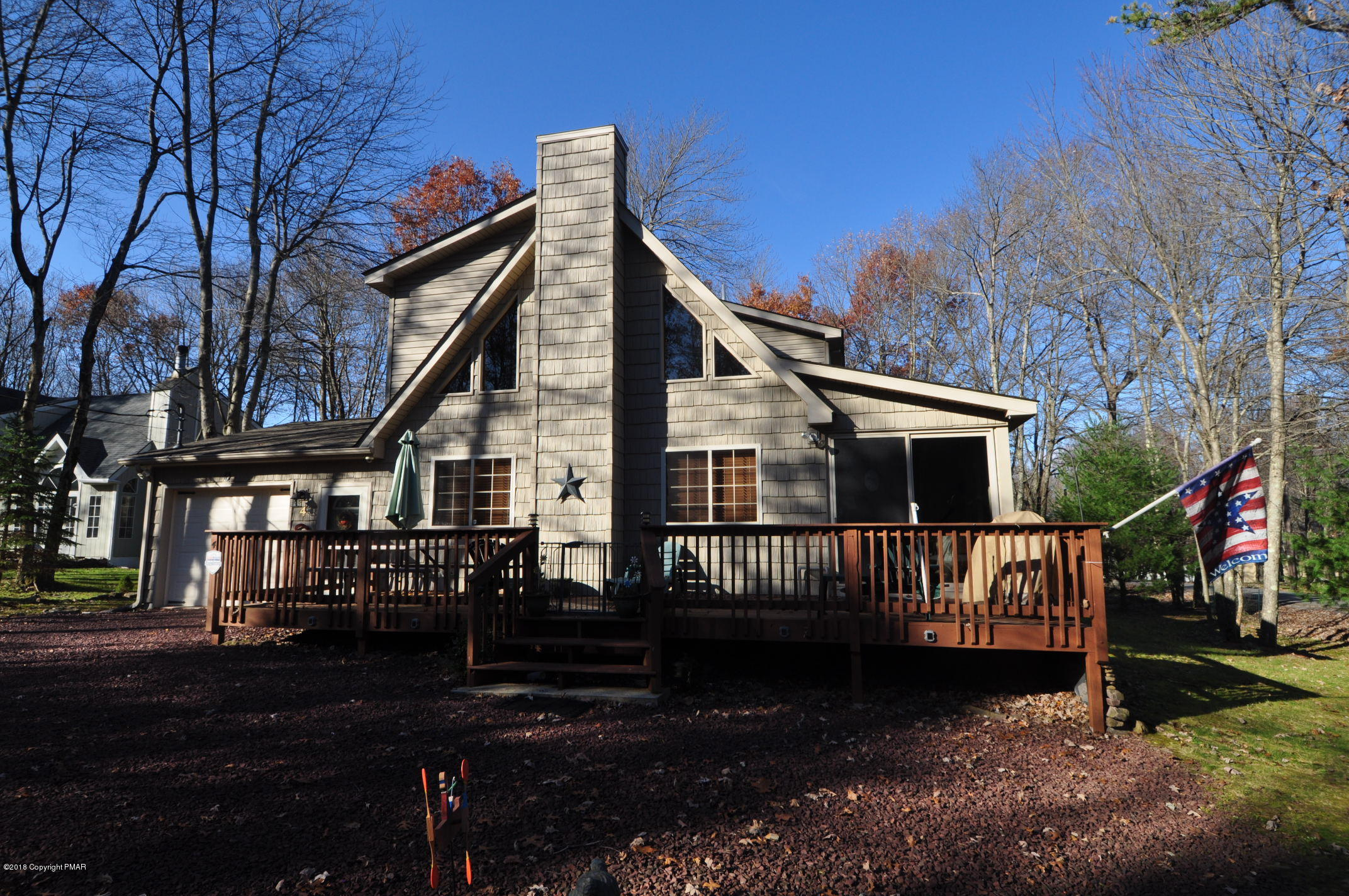 4 Bates Cir, Albrightsville, PA 18210
