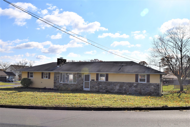 710 Walnut St, Bangor, PA 18013