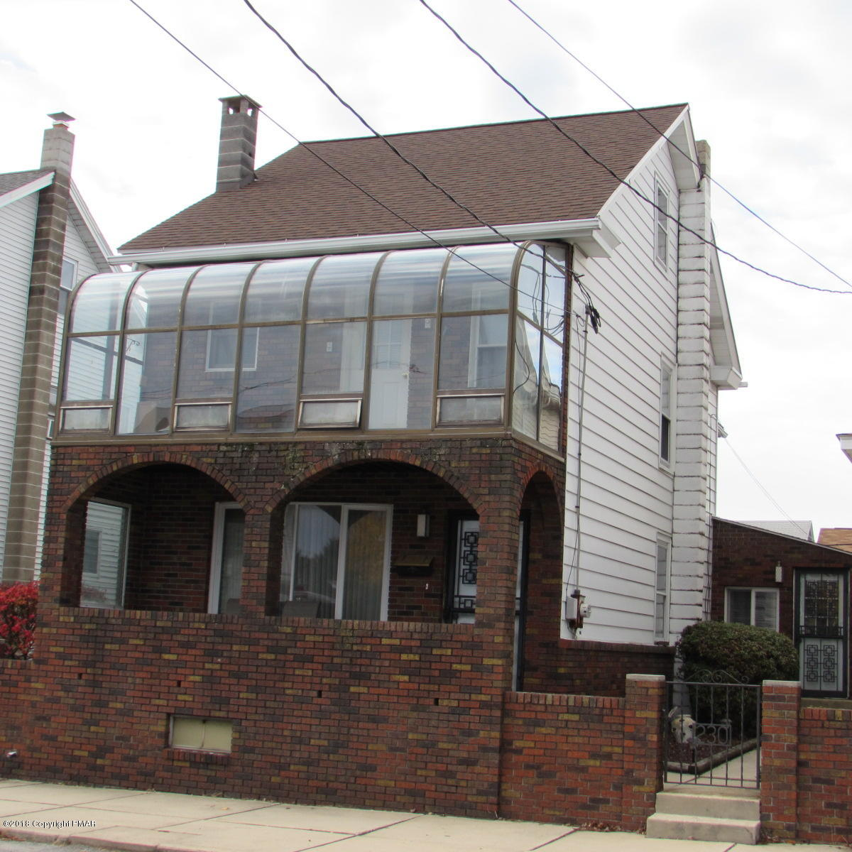 230 W White St, Summit Hill, PA 18250