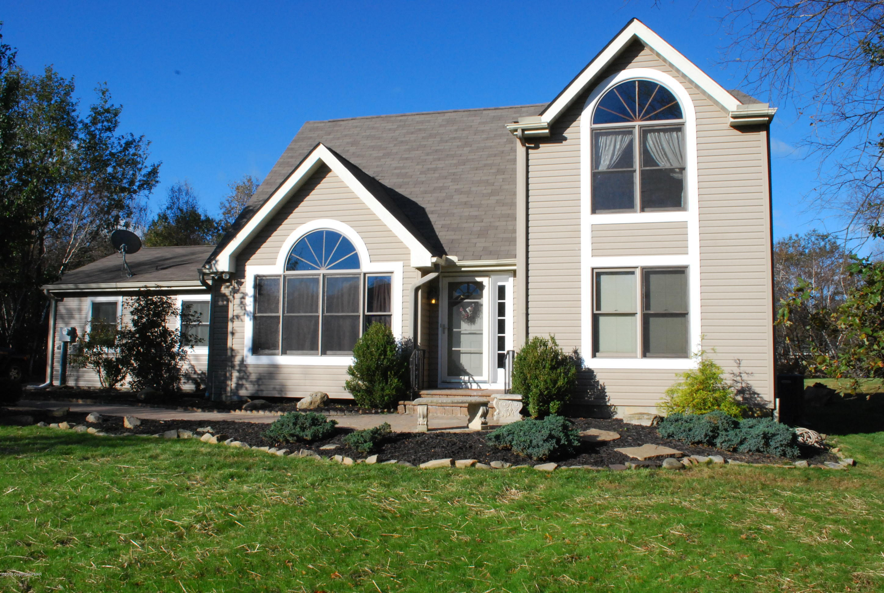 1218 Quiet Hills Ln, Effort, PA 18330
