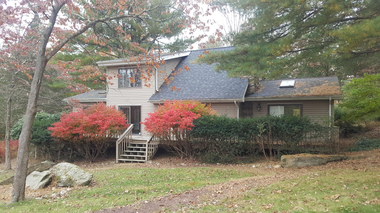 58 Keystone Rd, East Stroudsburg, PA 18302