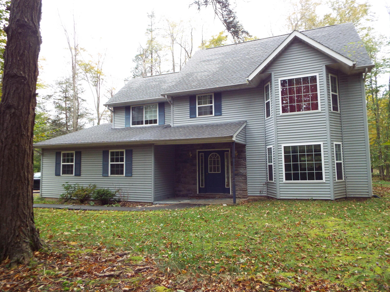 106 Cranberry Dr, Pocono Lake, PA 18347