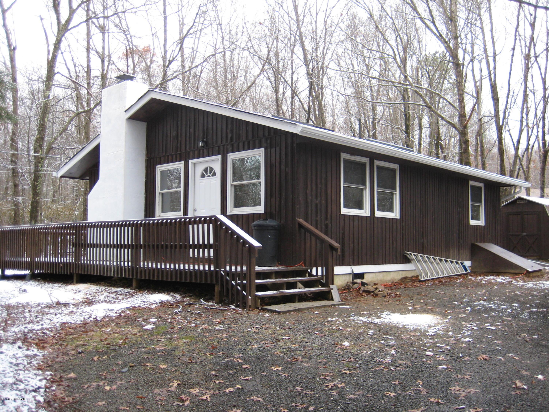 85 Hunter Ln, Albrightsville, PA 18210