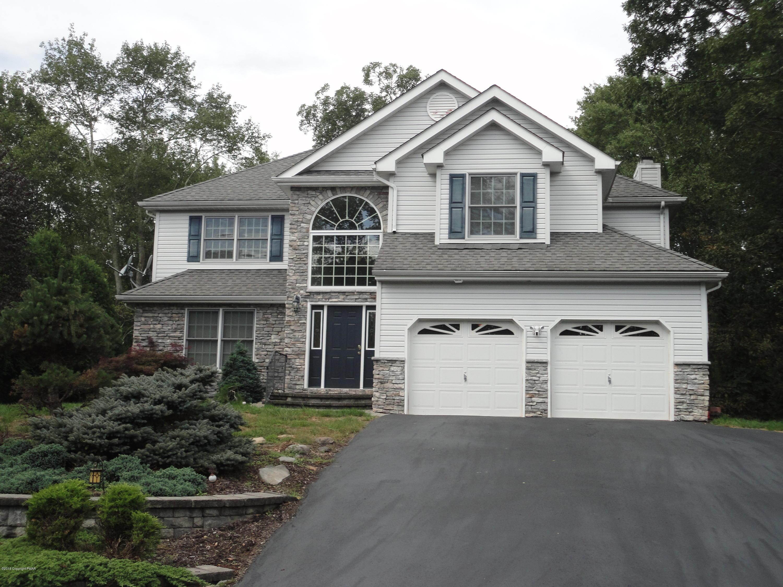 285 Fringe Drive, East Stroudsburg, PA 18302