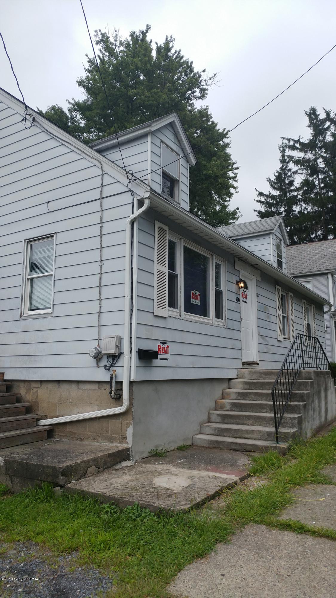 120 Center St, East Stroudsburg, PA 18301