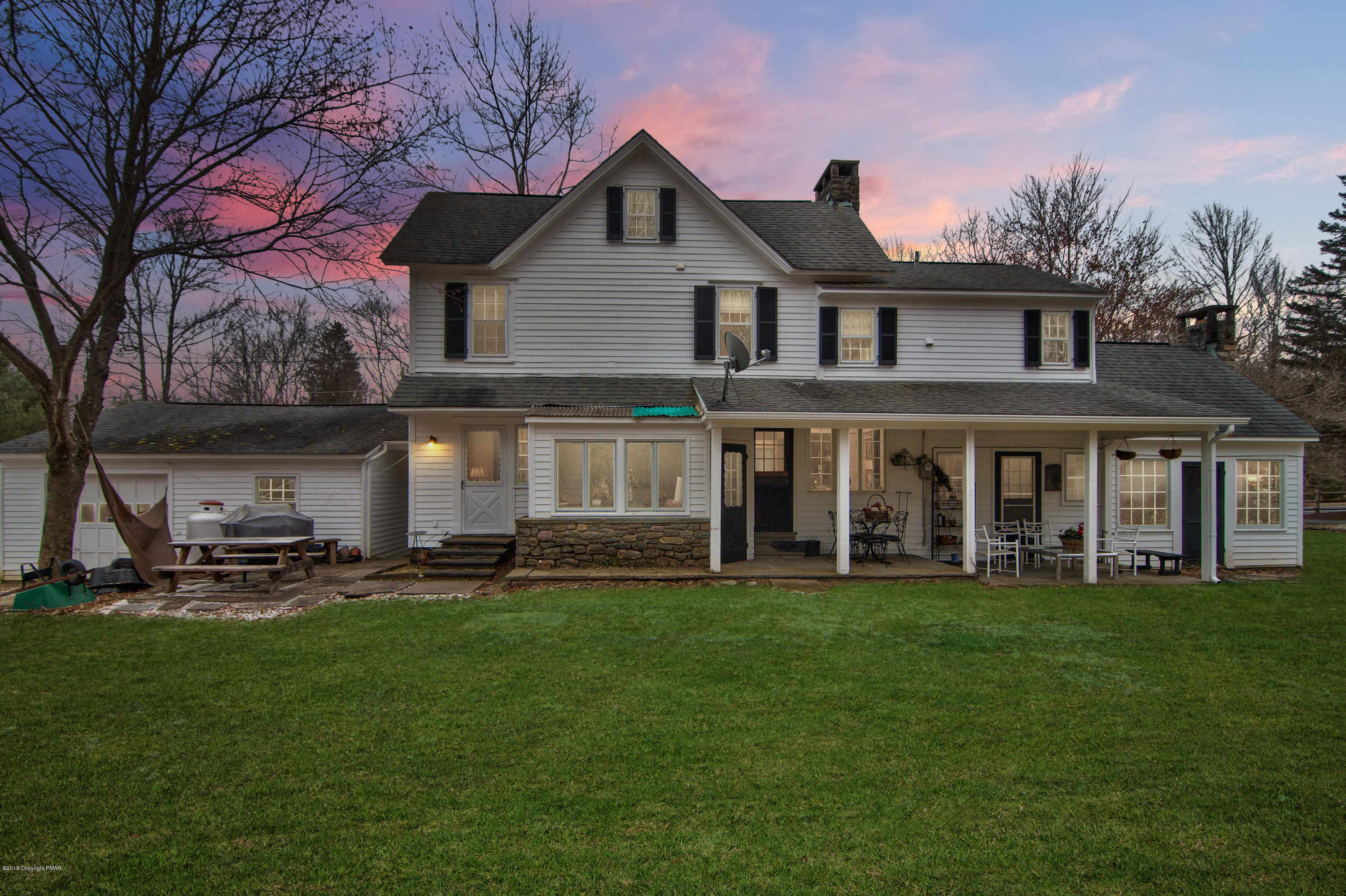 457 Golf Dr, Buck Hill Falls, PA 18323