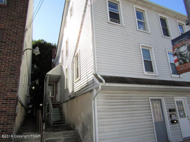 137 W Catawissa St, Nesquehoning, PA 18240