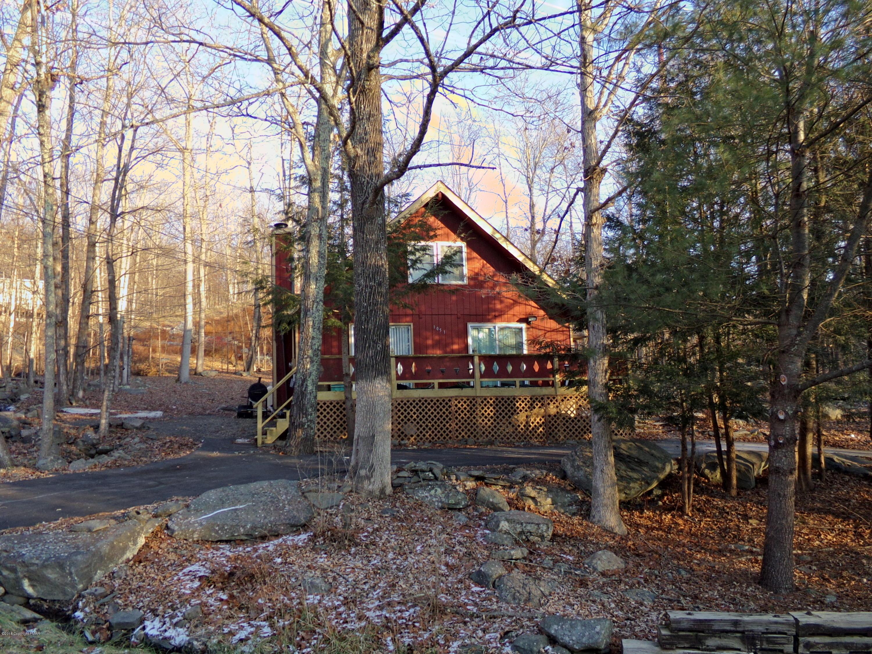 4152 Winchester Way, Bushkill, PA 18324